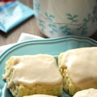 Black Tea Glazed Vanilla Bean Scones with #AmericasTea