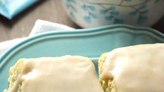 Black Tea Glazed Vanilla Bean Scones with #AmericasTea