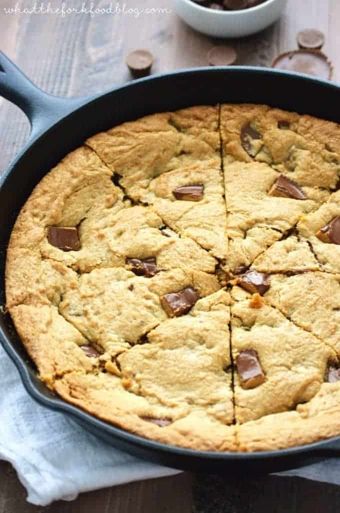 REESE'S Peanut Butter Cup Cookie Pie (Pizookie) - What the Fork Food ...