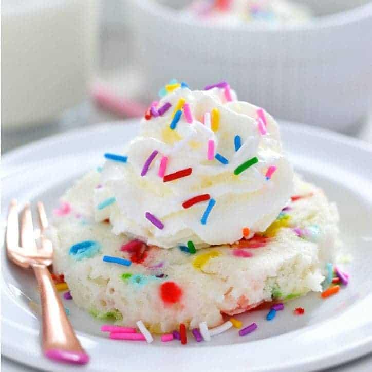 Gluten-free-funfetti-mug-cake-whattheforkfoodblog