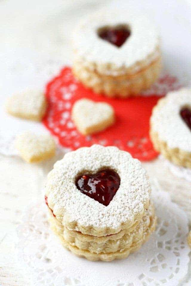 Gluten Free Linzer Cookies plus a complete list of gluten free Christmas cookies for all your holiday baking. @whattheforkblog | whattheforkfoodblog.com