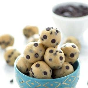 Gluten Free Edible Chocolate Chip Cookie Dough (egg free recipe with a dairy free + vegan option). No bake chocolate chip cookie dough bites. Recipe from @whattheforkblog | whattheforkfoodblog.com | easy gluten free desserts | no-bake recipes | summer desserts | edible cookie dough | gluten free dairy free recipes