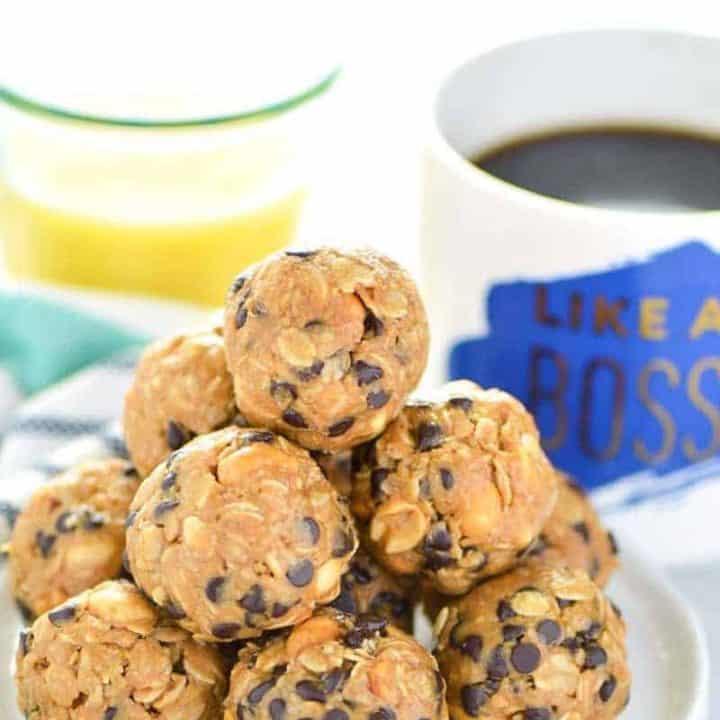 No-Bake Chocolate Chip Breakfast Balls