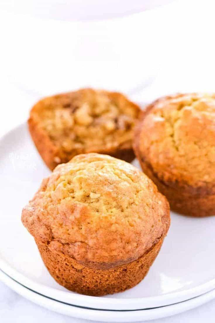Super easy Gluten Free Banana Muffins make a great breakfast! Make them on the weekends for brunch or make them ahead of time for grab-and-go week day breakfasts. Gluten free breakfast recipe from @whattheforkblog | whattheforkfoodblog.com
