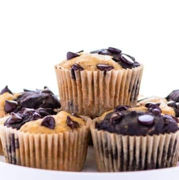 Gluten free vegan banana split muffins are a great way to use up old bananas, especially if you want to try something different from banana bread or banana muffins. This muffin recipe is easy to make, freeze well, and are great for breakfast on busy mornings! @whattheforkblog | whattheforkfoodblog.com | |vegan breakfast recipes | gluten free recipes | easy breakfast recipes | homemade muffins | chocolate muffin recipes | recipes with bananas | #breakfast #muffins #glutenfree #vegan #easyrecipes